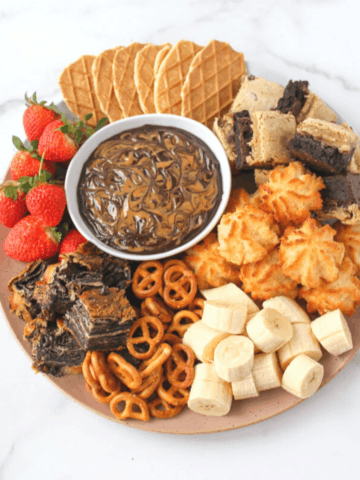 Trader Joe's Chocolate Cookie Butter Fondue Featured Image